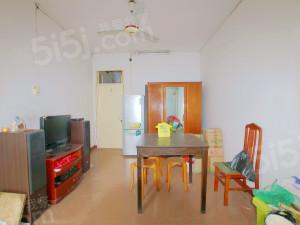 大塘新村,中间楼层,卖掉换房,两房朝南。