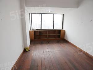 平海公寓 新上房东诚心出售 靠近小曲花园