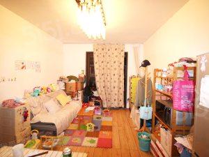 中外公寓 两室两厅 自住装修 诚心出售