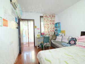景芳新五区 黄金3楼,两房朝南自住装修,看房方便