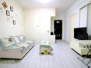 龙门公寓 主卧朝南精装小套 满五没有税 全明精装修