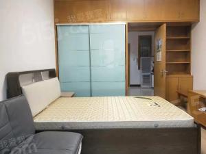 拱北美好国际边上有标准的1室1厅出租