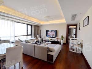 璞悦湾 东边套,中高楼层,采光好,户型房子