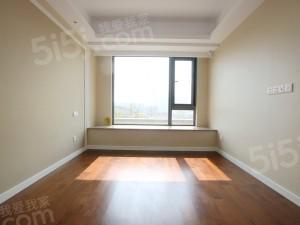 地铁绿城杨柳郡 两室两厅一卫 客厅朝南带阳台 房东诚心出售