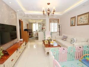 北景芳洲苑 精装自住婚房,主卧朝南带阳台,诚心出售看房方便