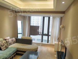 嘉润公馆 精装一室一厅 临近江边 家具家电齐全 随时可看